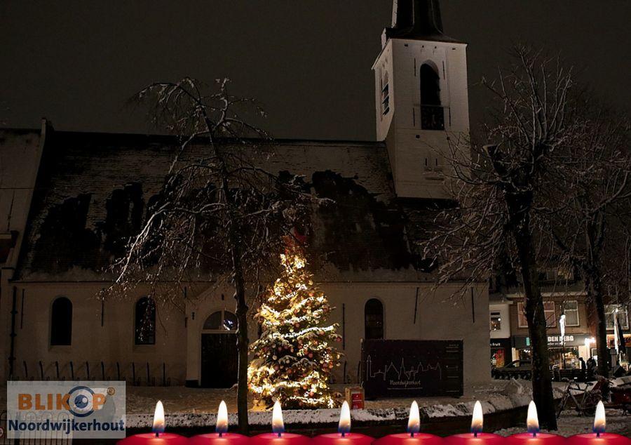 Lichtjesavond en kerst-koop-zondag in het centrum van Noordwijkerhout.